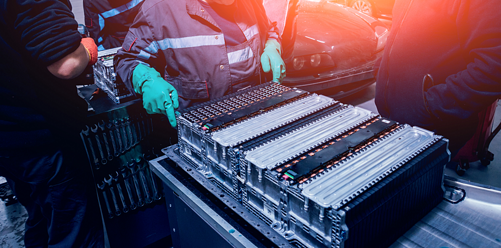 BASF Catalysts | Electric Vehicle Battery
